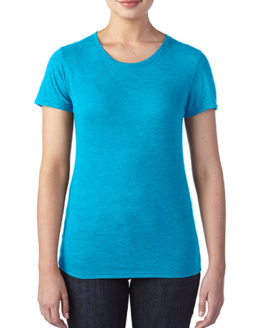 T-Shirts von der Marke Anvil namens Women`s Tri-Blend Tee in der Farbe Heather Blue