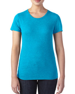 T-Shirts von der Marke Anvil namens Women`s Tri-Blend Tee in der Farbe Heather Caribbean Blue