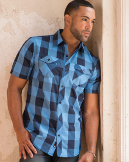 Hemden von der Marke Burnside namens Buffalo Plaid Woven Shirt in der Farbe Black - Blue (Checked)