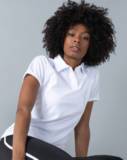 Poloshirts von der Marke Finden+Hales namens Ladies` Piped Performance Polo in der Farbe Black