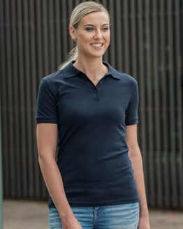Poloshirts von der Marke HRM namens Women´s Luxury Stretch Polo in der Farbe Black