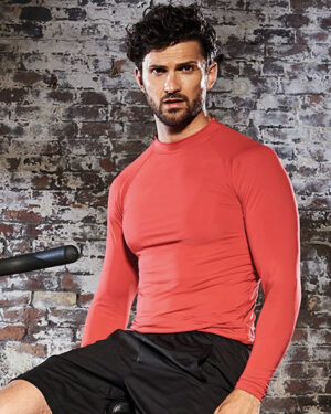 T-Shirts von der Marke Just Cool namens Men`s Cool Long Sleeve Base Layer in der Farbe Arctic White