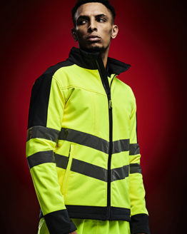 Jacken von der Marke Regatta High Visibility namens Hi-Vis Pro Softshell Jacket in der Farbe Orange