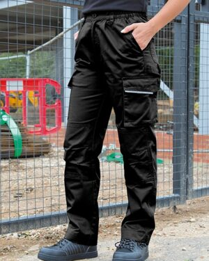 Hosen von der Marke WORK-GUARD namens Womens Action Trousers in der Farbe Black