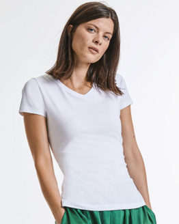 T-Shirts von der Marke Russell Pure Organic namens Ladies´ Pure Organic V-Neck Tee in der Farbe White